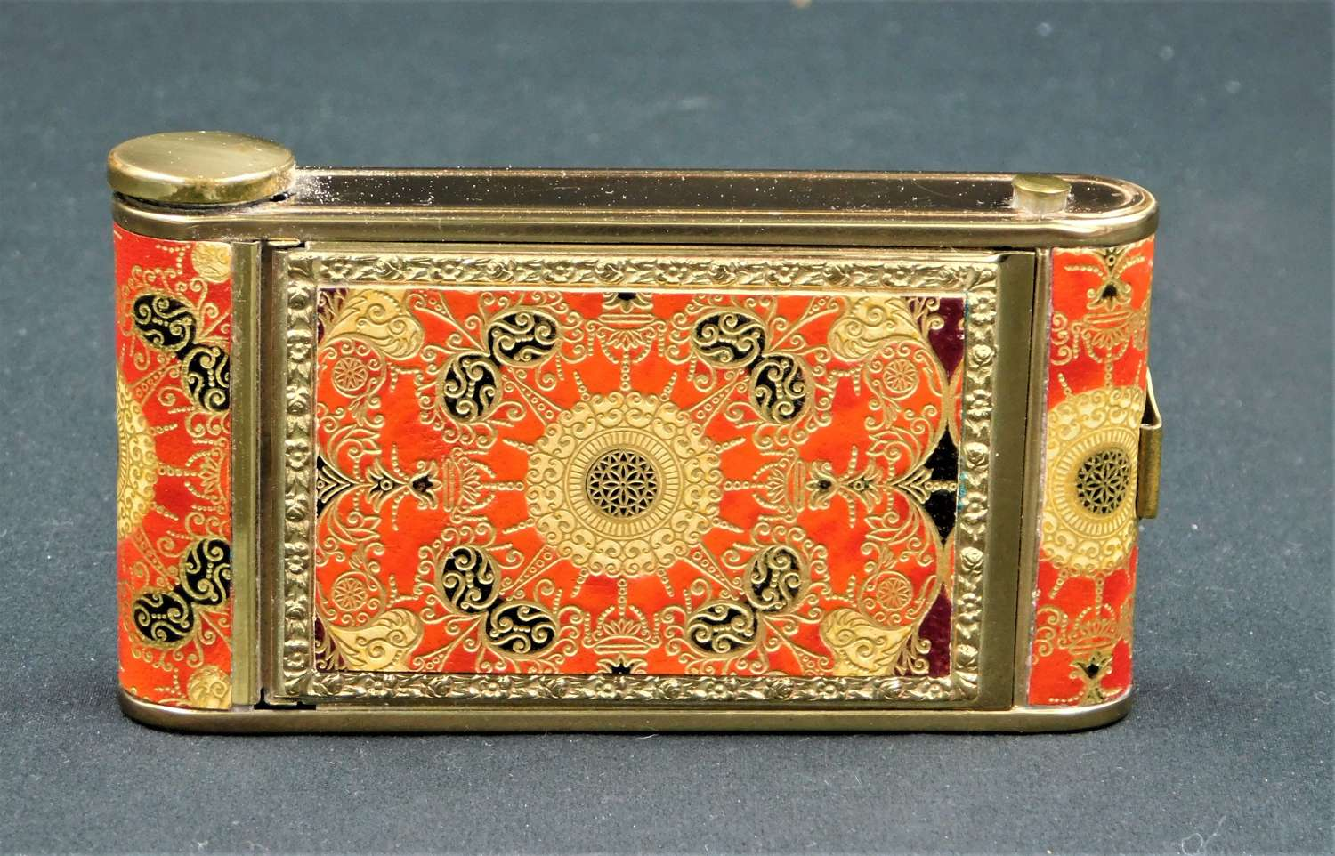 1930's Camera style vanity compact case